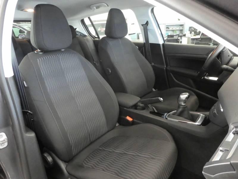 2017 Peugeot 308 BUSINESS plein